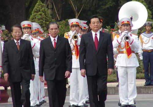中国评论新闻-胡锦涛主席出访朝鲜越南