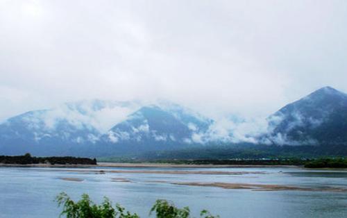 中国在雅鲁藏布江上游建大坝,印度称将对中国采取行动