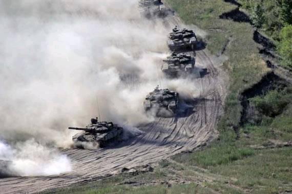 """俄媒称俄军远东演习是向中国""""显示实力"""""""