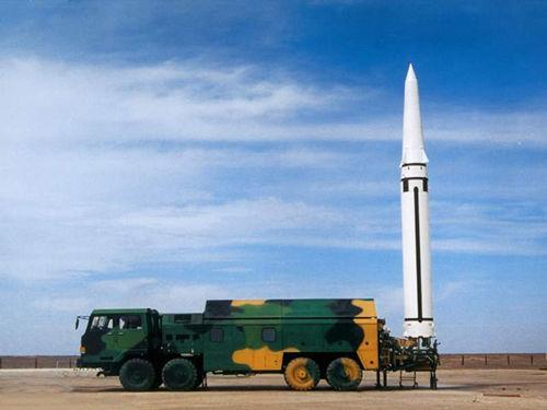 美称中国部署短程弹道导弹部队 全球最致命