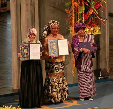 3位女性领取2011年度诺贝尔和平奖