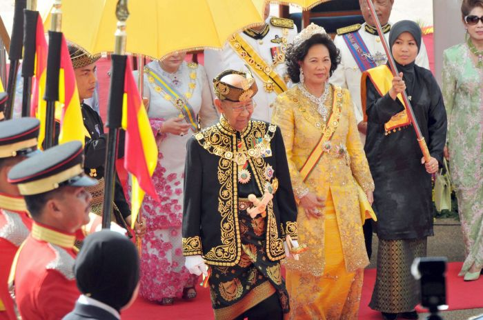 马来西亚最高元首,就是国王吗?有权力吗?