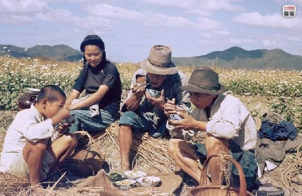 珍贵彩色旧照片  还原真实中国【组图】 - 柏村休闲居 - 柏村休闲居