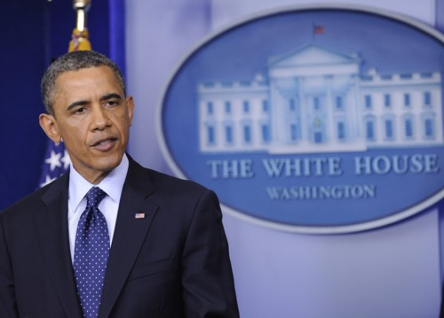 奥巴马与记者晚宴称犯菜鸟错 笑问影帝秘诀