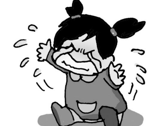 中評社北京9月18日電/永嘉一名狠心女子只因未滿周歲的女兒哭鬧煩心,竟用被子將其活活悶死。目前,該名女子因涉嫌故意殺人罪被永嘉警方依法刑事拘留。   人民網報道,今年年初,永嘉縣橋下鎮鄭山村的尤某生下一女孩,取名小純。小純的出生,令一家人都沉浸在興奮之中。但愛哭鬧的小純卻讓尤某十分頭痛,只要一聽到女兒的哭聲,她就會莫名煩躁起來。   9月4日上午,小純的奶奶鄭某發現孫女躺在床上,身體冰涼,並且已經死去多時,遂立即向公安機關報案。永嘉縣公安局經過立案調查,發現小純的母親尤某有重大作案嫌疑。經審問,尤某交