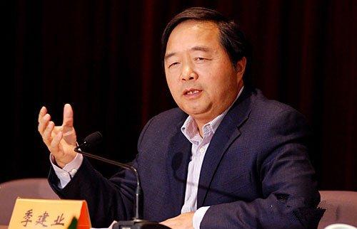 中国评论新闻:江苏记者:季建业行事高调 独断专